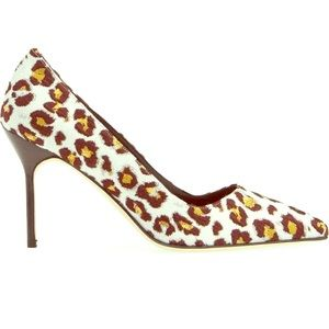 Manolo Blahnik Leopard-print Pointy Toe Pumps 7.5